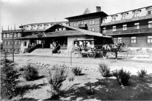 While the Banff Springs and the Chateau Frontenac were and are the jewels of the former Canada Pacific Railway hotels, the Harvey House hotel's two jewels were the El Tovar on the South Rim of the Grand Canyon and the La Fond on the Plaza at the terminus of the Santa Fe Trail in Santa Fe.